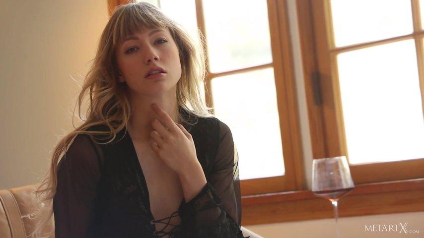 Марго Дрочит Член Своему Соседу - Смотреть Порно Онлайн