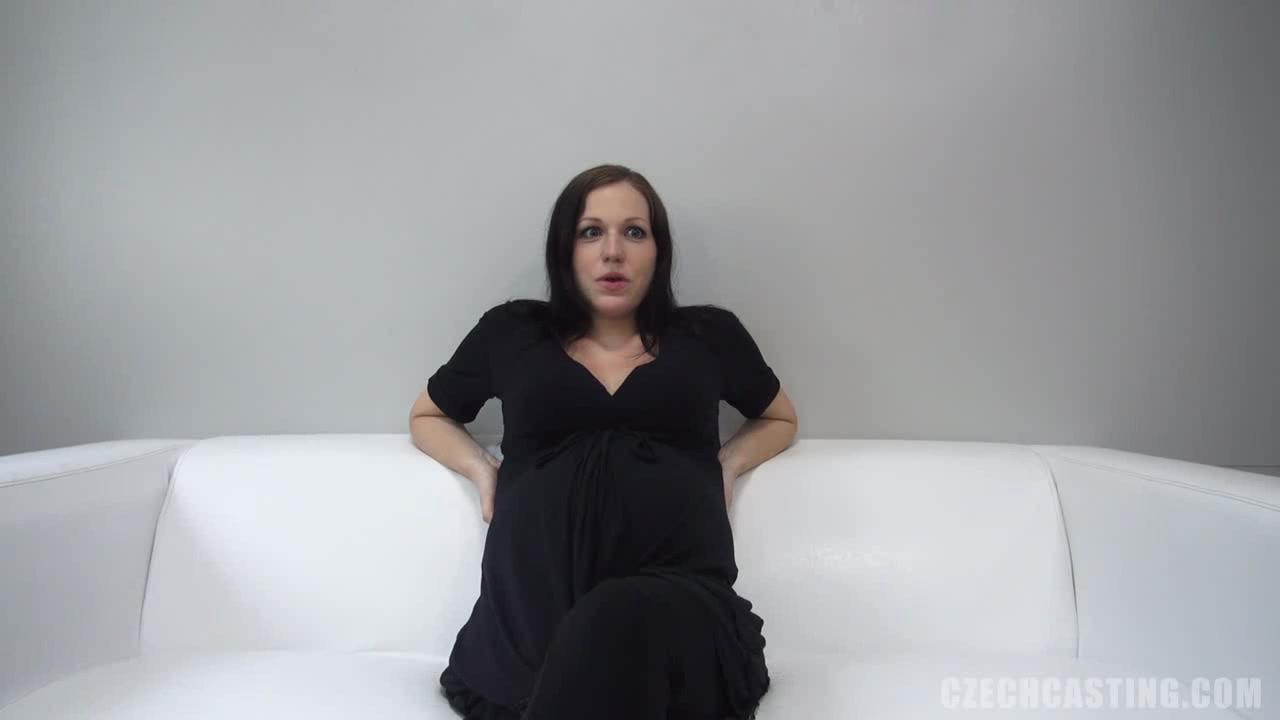 ХХХ фильм! 👀 Восходящая порно звезда на кастинге. Гляди на